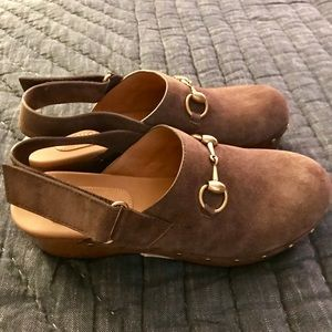 Gucci Brown Suede Mules with strap - size 37
